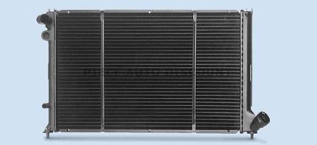 Accéder à la pièce Radiateur 1.8 / 2.0L essence avec  B.V.A et climatisation