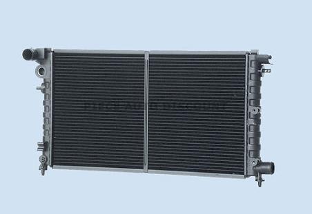radiateur diesel peugeot 106 phase 2 du 04 1996 au 10 2003 oem 1301vt 1331t3. Black Bedroom Furniture Sets. Home Design Ideas